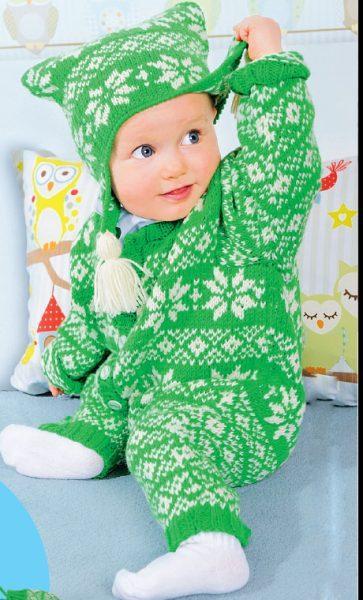 Вязание для малышей КОМБИНЕЗОН, ШАПОЧКА И ВАРЕЖКИ СПИЦАМИ ЖАККАРДОВЫМИ УЗОРАМИ