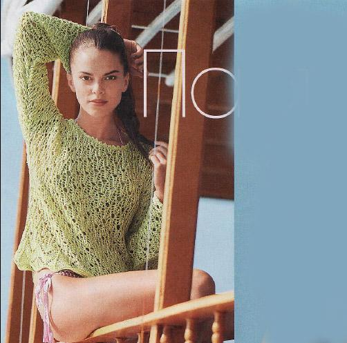 Летний ажурный пуловер спицами из шелка