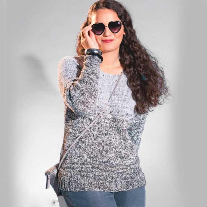 Вязание для женщин. Пуловер спицами в серых тонах с переходом цвета