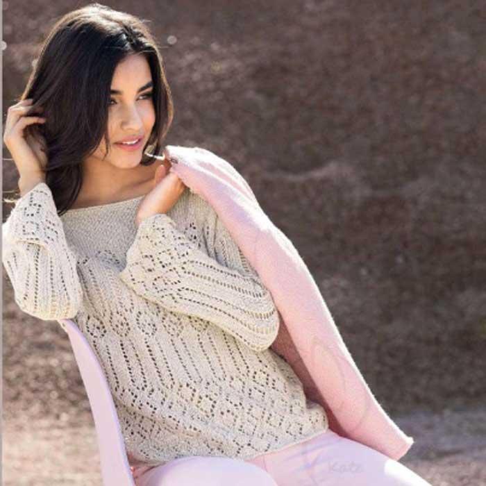 Вязание для женщин. Пуловер спицами с ажурным узором