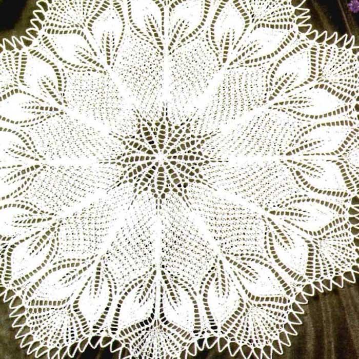 Круглая салфетка спицами «Опал»
