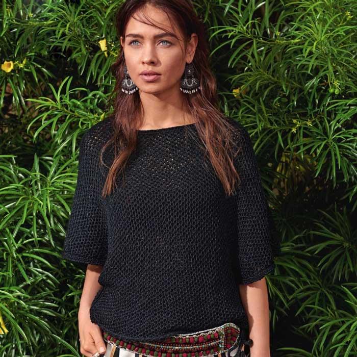 Вязание для женщин. Пуловер черный спицами