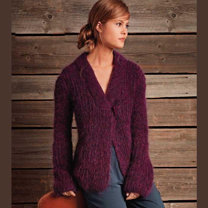 Вязание для женщин. Жакет спицами ежевичного цвета