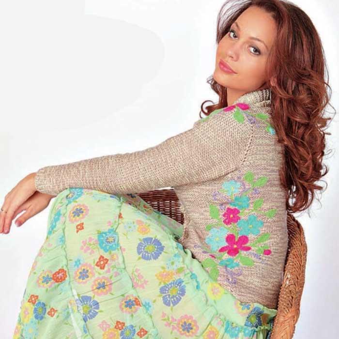 Вязание для женщин. Жакет спицами с вышивкой