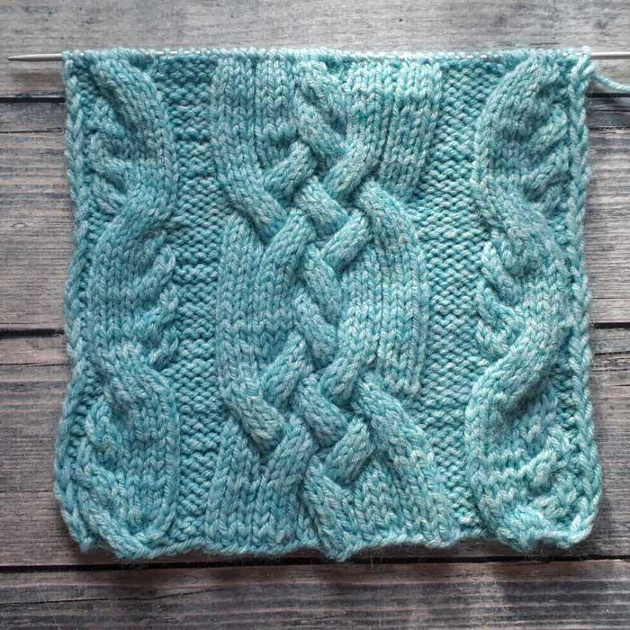 Красивый узор спицами для мужского пуловера, схема узора