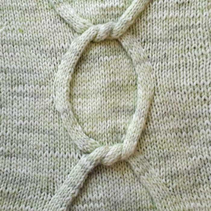 Необычный узор спицами узел, схема узора