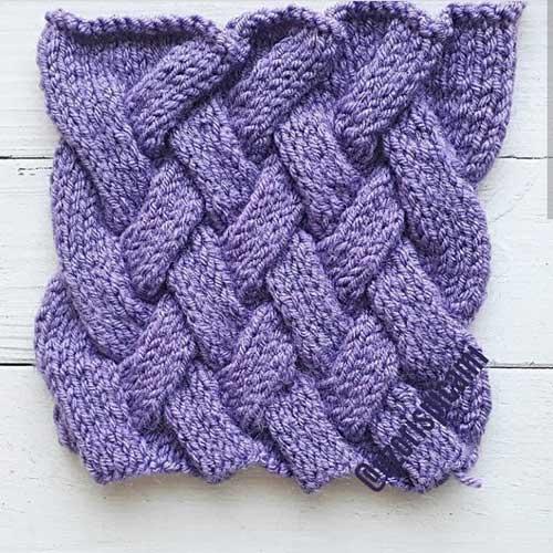 Красивый плетенный узор спицами для шапки, варежек, схема узора + видео как связать