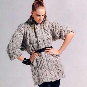 Вязание для женщин. Пуловер спицами крупной вязки