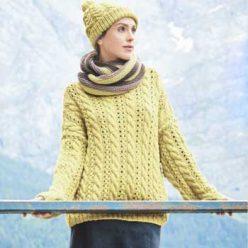 Вязание для женщин. Объемный пуловер спицами, шарф-петля и шапка