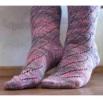 Ажурные носки спицами, мастер класс с видео от uzorispicami