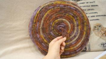 Вязание для дома. Интерьерная подушка спицами, мастер класс + видео как связать