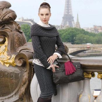 Вязание для женщин. Пуловер и юбка спицами рельефным узором ромбы