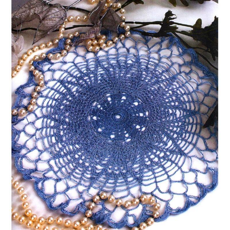 Вязание крючком. Салфетка синего цвета. Ажурное вязание.
