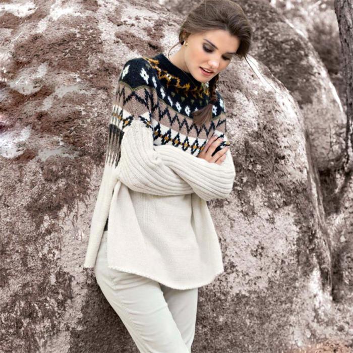 Вязание для женщин. Пуловер-накидка спицами с жаккардовой кокеткой