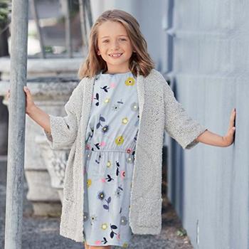 Вязание для детей. Кардиган спицами для девочки