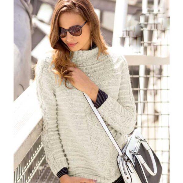 Вязание для женщин. Пуловер спицами покроя реглан с «косой»