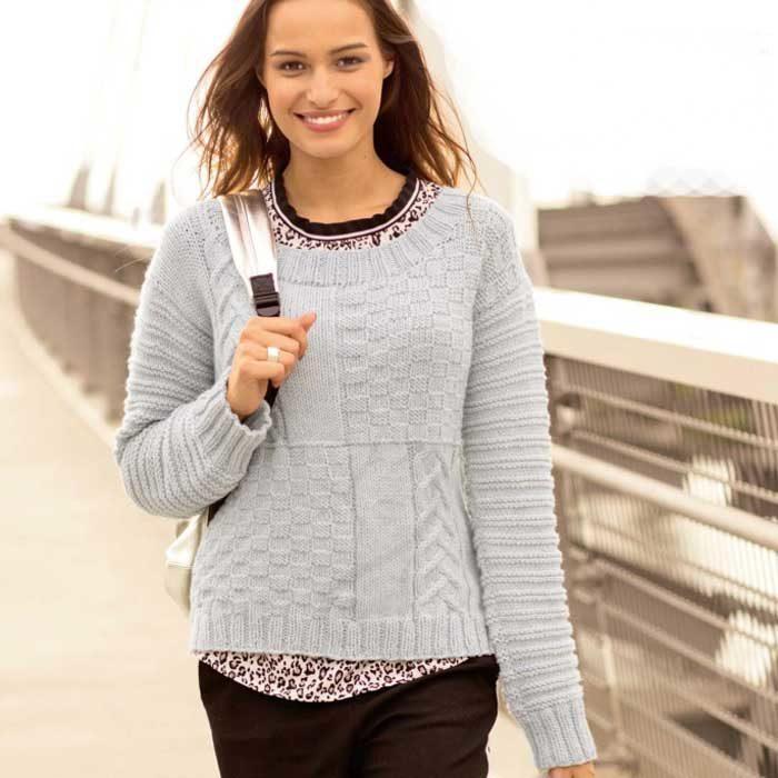 Вязание для женщин. Пуловер спицами с сочетанием узоров