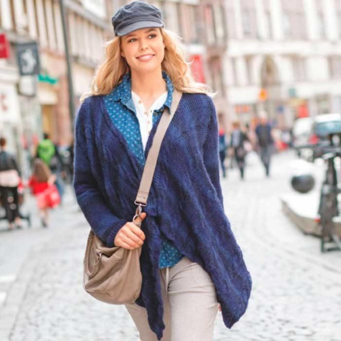 Вязание для женщин. Темно-синий кардиган спицами с прямоугольными полочками