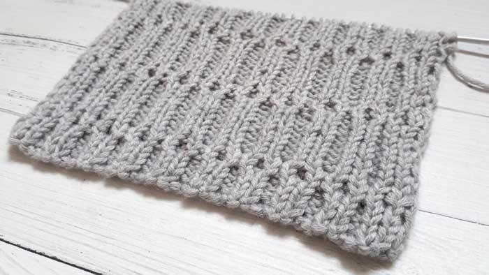 Очень простой рельефный узор спицами, схема узора