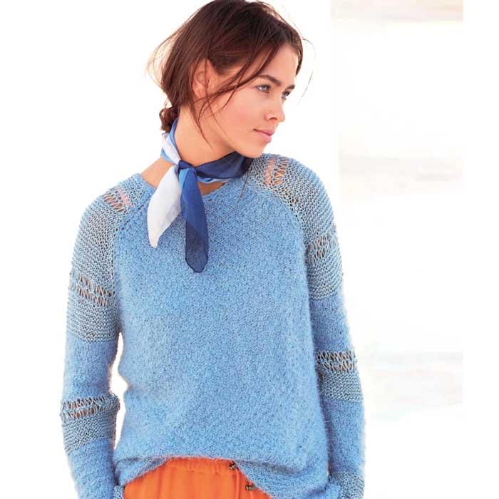 Вязание для женщин. Пуловер спицами реглан с узорными рукавами