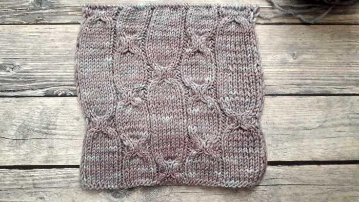 Простой узор спицами для мужского пуловера, схема узора