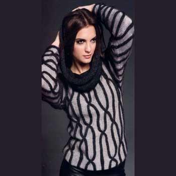 Вязание для женщин. Пуловер спицами с геометрическим узором.