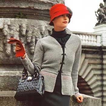 Вязание для женщин. Серый жакет крючком